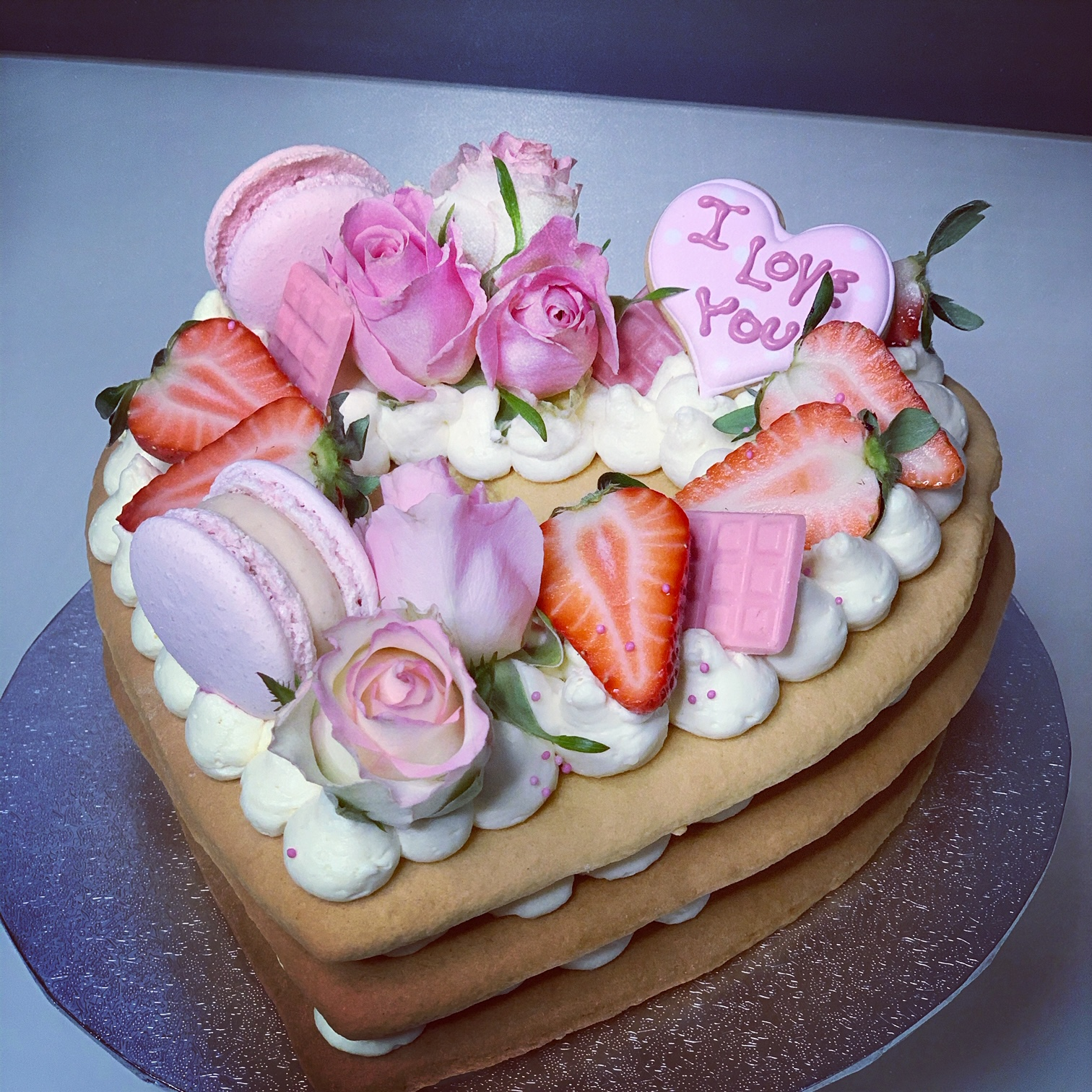 Torte in Herzform ROSA
